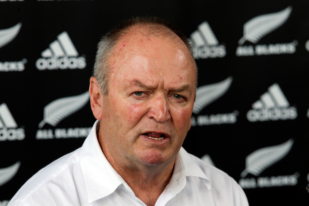 New Zealand's rugby head coach Graham Henry announces that he is stepping down from coaching the All Blacks, Auckland, New Zealand, Tuesday, November 01, 2011.  Credit:SNPA / David Rowland