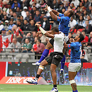 Samoa's Falemiga Selesele battles Fiji's Jasa Veremalua during a lineout at the Canada 7's Vancouver, British Columbia, Day 1.   Photo by Barry Markowitz, 4/12/16, 10:30 am
