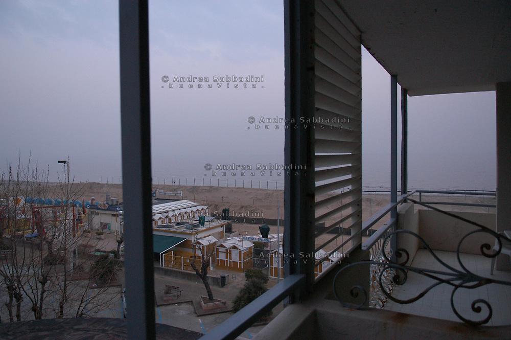 Riccione, 05/02/2006:  spiaggia Hotel Savioli - seaside resort.<br /> &copy; Andrea Sabbadini