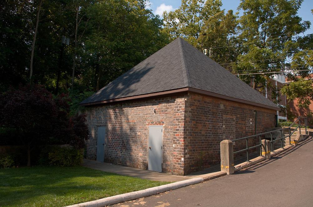 Edgehill Maintenance Building