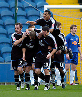 Fotball<br /> England 2004/2005<br /> Foto: SBI/Digitalsport<br /> NORWAY ONLY<br /> <br /> 30.10.2004<br /> Stockport County v Oldham Athletic<br /> Coca-Cola League One<br /> <br /> Oldham's Aaron Wilbraham is mobbed after the first of his two goals.