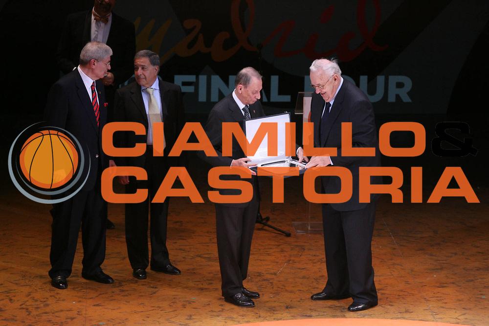 DESCRIZIONE : Madrid Eurolega 2007-08 Euroleague Basketball Awards Ceremony <br /> GIOCATORE : Vitale <br /> SQUADRA : <br /> EVENTO : Eurolega 2007-2008 <br /> GARA : <br /> DATA : 03/05/2008 <br /> CATEGORIA : <br /> SPORT : Pallacanestro <br /> AUTORE : Agenzia Ciamillo-Castoria/G.Ciamillo <br /> Galleria : Eurolega 2007-2008 <br />Fotonotizia : Madrid Eurolega 2007-08 Euroleague Basketball Awards Ceremony <br />Predefinita :