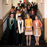 Koningin Maxima bij de inaugurele rede van professor Jumoke Oduwole, de nieuwe Prins Claus Leerstoelhouder, bij het International Institute of Social Studies (ISS) in Den Haag. <br /> <br /> Queen Maxima at the inaugural lecture of Professor Jumoke Oduwole, the new Prince Claus Chair holder at the International Institute of Social Studies (ISS) in The Hague.<br /> <br /> Op de foto / On the photo:  (VLNR) rector van het ISS Leo de Haan, de nieuwe Prins Claus Leerstoelhouder Jumoke Oduwole , Koningin Maxima naast en voorzitter College van Bestuur van de Erasmus Universiteit Pauline van der Meer Mohr<br /> <br /> (LEFT) rector of the ISS Leo de Haan, the new Prince Claus Chair holder Jumoke Oduwole, Queen Maxima alongside and Chairman of the Executive Board of Erasmus University Pauline van der Meer Mohr