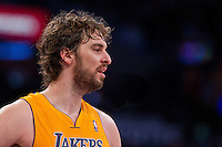 09 November 2012: Forward (16) Pau Gasol of the Los Angeles Lakers against the Golden State Warriors during the second half of the Lakers 101-77 victory over the Warriors at the STAPLES Center in Los Angeles, CA.