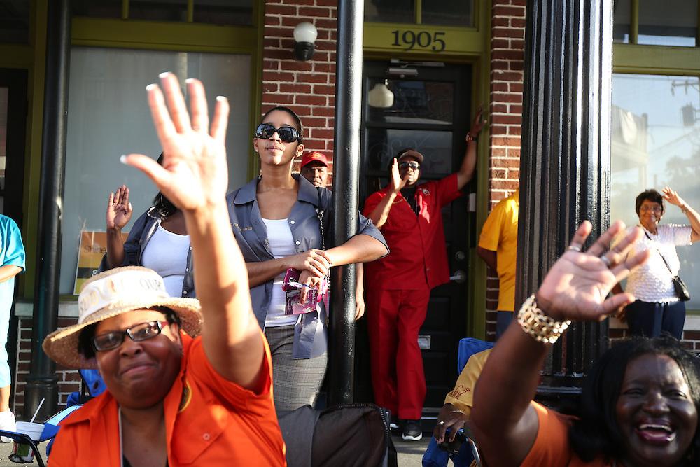 Parade Watchers, Ybor City