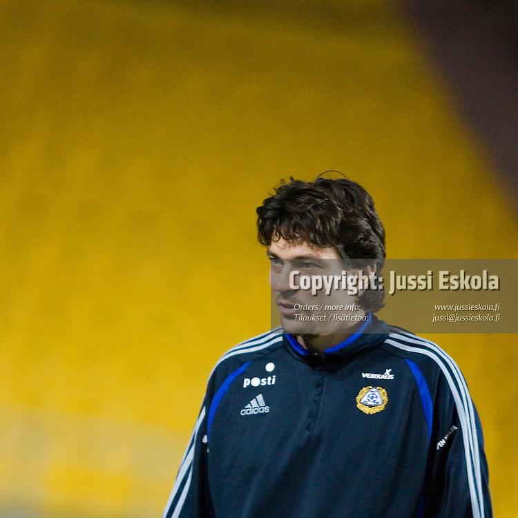 Jari Litmanen.&amp;#xA;A-maajoukkueen harjoitukset, Almaty, Kazakstan. 10.10.2006.&amp;#xA;Photo: Jussi Eskola<br />