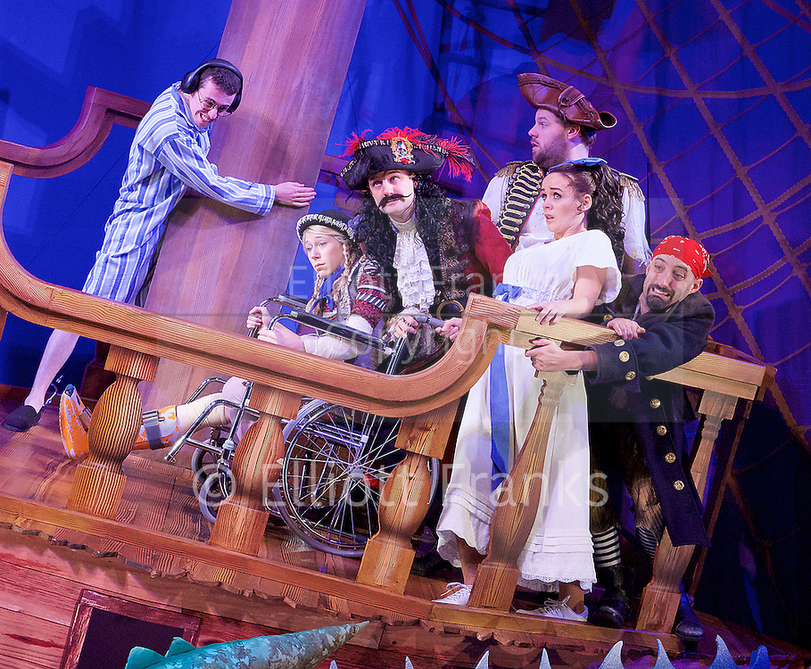 Peter Pan Goes Wrong <br /> at the Apollo Theatre, London, Great Britain <br /> press photocall <br /> 8th December 2015 <br /> <br /> directed by Adam Meggido<br /> <br /> The original cast of the West End's hit comedy The Play That Goes Wrong return to the stage this Christmas in J.M. Barrie's classic Peter Pan.<br /> <br /> Henry Lewis<br /> Jonathan Sayer<br /> Henry Shields<br /> Nancy Wallinger<br /> Charlie Russell<br /> Greg Tannahill<br /> Dave Hearn<br /> Tom Edden<br /> Chris Leask<br /> Ellie Morris<br /> Rosie Abraham<br /> Fred Gray<br /> <br /> Photograph by Elliott Franks <br /> Image licensed to Elliott Franks Photography Services
