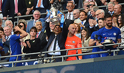 Chelsea manager Antonio Conte celebrates with the fa cup. - Mandatory by-line: Alex James/JMP - 19/05/2018 - FOOTBALL - Wembley Stadium - London, England - Chelsea v Manchester United - Emirates FA Cup Final