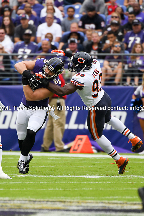 BALTIMORE, MD - OCTOBER 15: Baltimore Ravens tight end Nick Boyle (86) makes a first quarter reception against Chicago Bears outside linebacker Sam Acho (93) on October 15, 2017, at M&T Bank Stadium in Baltimore, MD.  (Photo by Mark Goldman/Icon Sportswire)