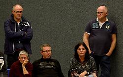 21-11-2015 NED: Advisie/SSS - ARBO Rotterdam, Barneveld<br /> SSS wint met 3-1 (25-13, 24-26, 25-13, 25-18) van Rotterdam / Support publiek Jan Staal