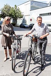 06.05.2018, Innsbruck, AUT, Bürgermeisterstichwahl Innsbruck, Stimmabgabe, im Bild Katherina und Georg Willi (Die Grünen) // during the mayoral stitch election in Innsbruck, Austria on 2018/05/06. EXPA Pictures © 2018, PhotoCredit: EXPA/ Eibner-Pressefoto/ Johann Groder<br /> <br /> *****ATTENTION - OUT of GER*****