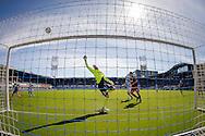 ZWOLLE, PEC Zwolle - SBV Excelsior, voetbal Eredivisie seizoen 2014-2015, 22-03-2015, IJsseldelta Stadion, Excelsior keeper Alessandro Damen (M) ziet een bal via de lat over het doel verdwijnen.