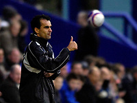 Photo: Jed Wee/Sportsbeat Images.<br /> Tranmere Rovers v Swansea City. Coca Cola League 1. 24/11/2007.<br /> <br /> Swansea manager Roberto Martinez gives the thumbs up.