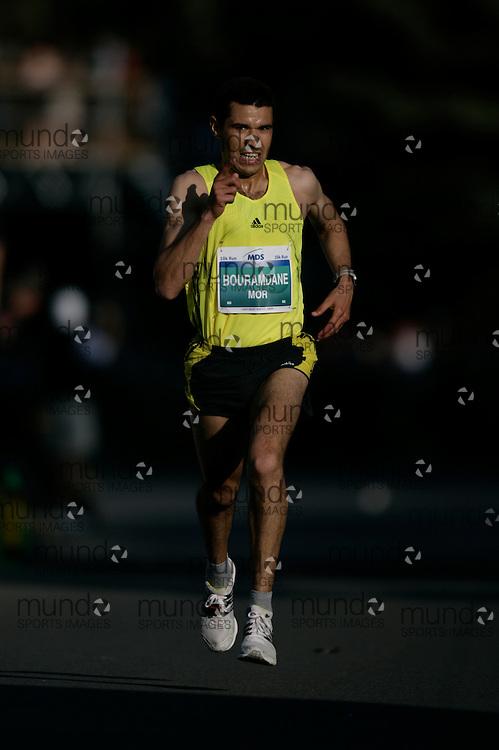 Ottawa, Ontario ---23/05/09--- ABDERRAHIME BOURAMDANE  running in the 2009 MDS Nordion 10K..GEOFF ROBINS Mundo Sport Images