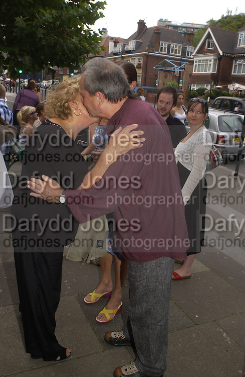 Brenda Blethyn and Terry gillian. Gala Charity premiere of 'On A Clear Day' in aid of the NSPCC. The Screen on the Hill, Haverstock Hill, London. 31 August 2005. ONE TIME USE ONLY - DO NOT ARCHIVE  © Copyright Photograph by Dafydd Jones 66 Stockwell Park Rd. London SW9 0DA Tel 020 7733 0108 www.dafjones.com