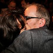 NLD/Amsterdam/20101022 - Televiziergala 2010 - uitreiking Radioring, Jeroen van Inkel met partner Sandra Dinsbach