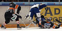 25.02.2010, Eisstadion Liebenau, Graz, AUT, EBEL, Graz 99ers vs KHL Zagreb, im Bild Jean Philippe Pare (32, 99ers), Markus Peintner (34, 99ers), Richard Seeley (2, KHL Zagreb), EXPA Pictures © 2010, PhotoCredit: EXPA/ J. Hinterleitner / SPORTIDA PHOTO AGENCY.
