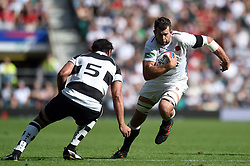 Josh Beaumont of the England XV goes on the attack - Mandatory byline: Patrick Khachfe/JMP - 07966 386802 - 02/06/2019 - RUGBY UNION - Twickenham Stadium - London, England - England XV v Barbarians - Quilter Cup International