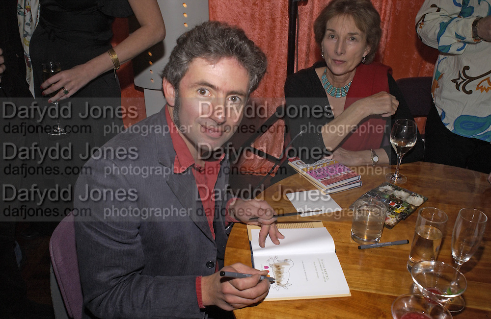 Matthew Rice, Tom Parker Bowles, Susan Hill and Matthew Rice host party to launch 'E is For Eating' Kensington Place. 3 November 2004.  ONE TIME USE ONLY - DO NOT ARCHIVE  © Copyright Photograph by Dafydd Jones 66 Stockwell Park Rd. London SW9 0DA Tel 020 7733 0108 www.dafjones.com