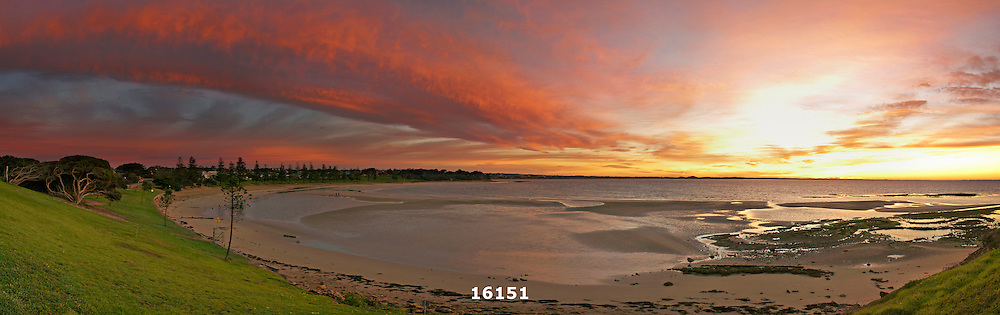Torquay Front Beach at sunrise