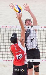 30.07.2017, Donauinsel, Wien, AUT, FIVB Beach Volleyball WM, Wien 2017, Herren, Gruppe L, im Bild v.l. Alexander Horst (AUT), Ryan Vandenburg (CAN) // f.l. Alexander Horst of Austria Ryan Vandenburg of Canada during the men's group L match of 2017 FIVB Beach Volleyball World Championships at the Donauinsel in Wien, Austria on 2017/07/30. EXPA Pictures © 2017, PhotoCredit: EXPA/ Sebastian Pucher