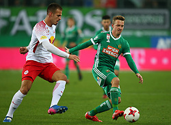 26.11.2017, Allianz Stadion, Wien, AUT, 1. FBL, SK Rapid Wien vs FC Red Bull Salzburg, 16. Runde, im Bild Marin Pongracic (FC Red Bull Salzburg) und Philipp Schobesberger (SK Rapid Wien) // during Austrian Football Bundesliga Match, 16th Round, between SK Rapid Vienna and FC Red Bull Salzburg at the Allianz Arena, Vienna, Austria on 2017/11/26. EXPA Pictures © 2017, PhotoCredit: EXPA/ Thomas Haumer