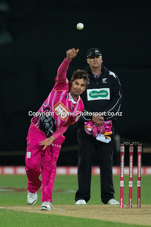 Jono Boult of the Knights bowls during the Georgie Pie Super Smash Volts v Knights cricket match at the Westpac Stadium in Wellington on Sunday the 23rd of November 2014. Photo by Marty Melville/www.Photosport.co.nz