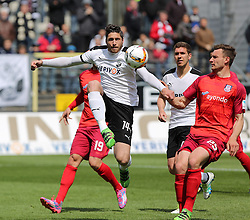 24.04.2016, Hardtwald, Sandhausen, GER, 2. FBL, SV 1916 Sandhausen vs FSV Frankfurt, 31. Runde, im Bild Tim Kister (SV Sandhausen) klaert in hoechster Not vor Florian Ballas (FSV Frankfurt) // during the 2nd German Bundesliga 31th round match between SV 1916 Sandhausen vs FSV Frankfurt at the Hardtwald in Sandhausen, Germany on 2016/04/24. EXPA Pictures &copy; 2016, PhotoCredit: EXPA/ Eibner-Pressefoto/ Bermel<br /> <br /> *****ATTENTION - OUT of GER*****