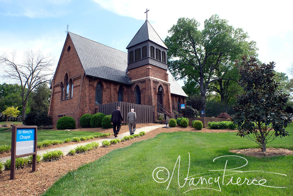 Extereior - St Mary's Chapel in Thompson Park