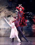 The Nutcracker <br /> choreography by Sir Peter Wright <br /> at the <br /> Birmingham Royal Ballet <br /> Birmingham Hippodrome, Great Britain <br /> 24th November 2017 <br /> <br /> Spanish Dance <br /> <br /> Photograph by Elliott Franks <br /> Image licensed to Elliott Franks Photography Services