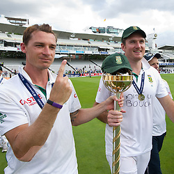 20/08/2012 London, England. South Africa's Dale Steyn and South Africa's Graeme Smith with the Mace for becoming the No1 test team in the world after winning the third Investec cricket international test match between England and South Africa, played at the Lords Cricket Ground: Mandatory credit: Mitchell Gunn
