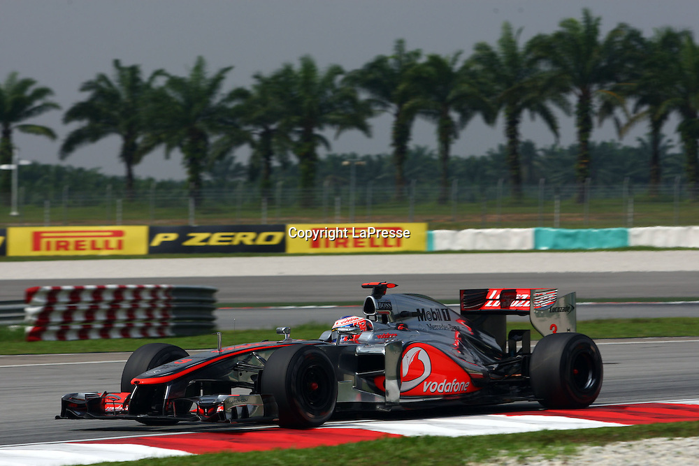 &copy; Photo4 / LaPresse<br /> 23/3/2012 Sepang<br /> Malaysian Grand Prix, Sepang 2012<br /> In the pic: Jenson Button (GBR), McLaren  Mercedes, MP4-27