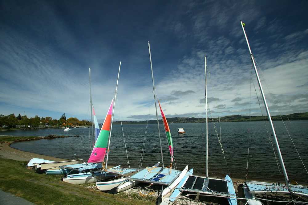 Yachts for hire beached on the Lake Taupo foreshore awaiting tourists, Taupo, New Zealand, May 07, 2006. Credit:SNPA / Rob Tucker