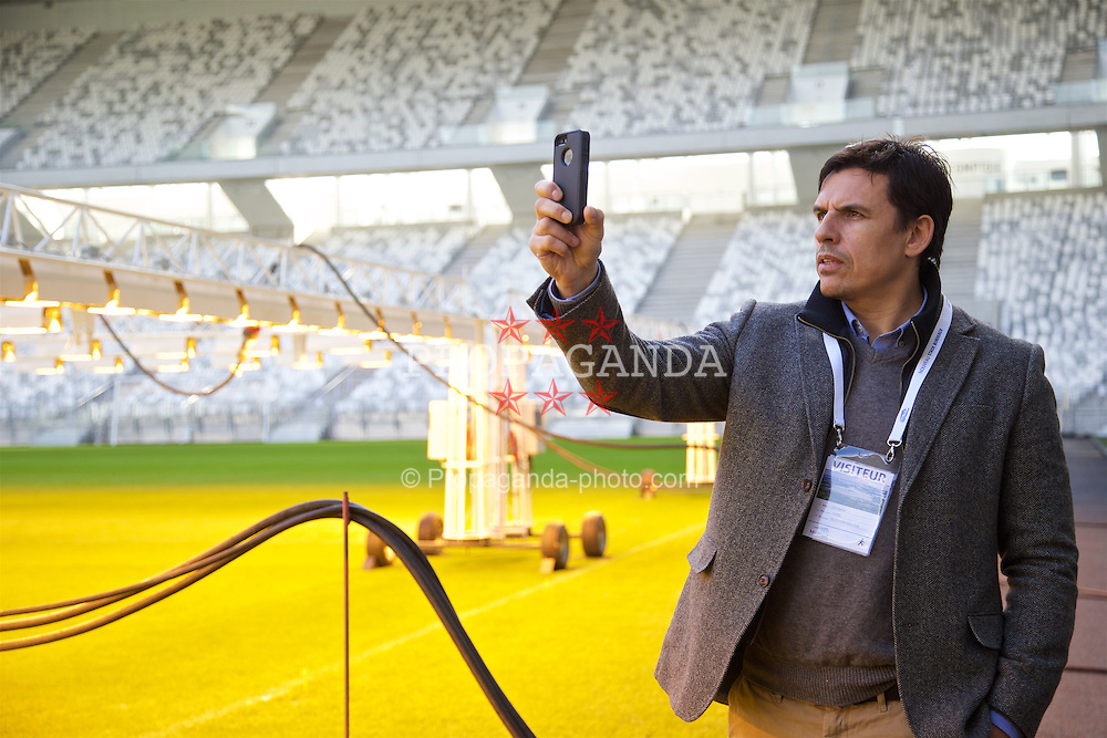 BORDEAUX, FRANCE - Tuesday, January 26, 2016: Wales' manager Chris Coleman looks at the pitch at the Stade Matmut Atlantique, home of Girondins de Bordeaux, on an inspection visit ahead of the UEFA Euro 2016 Tournament. (Pic by David Rawcliffe/Propaganda)