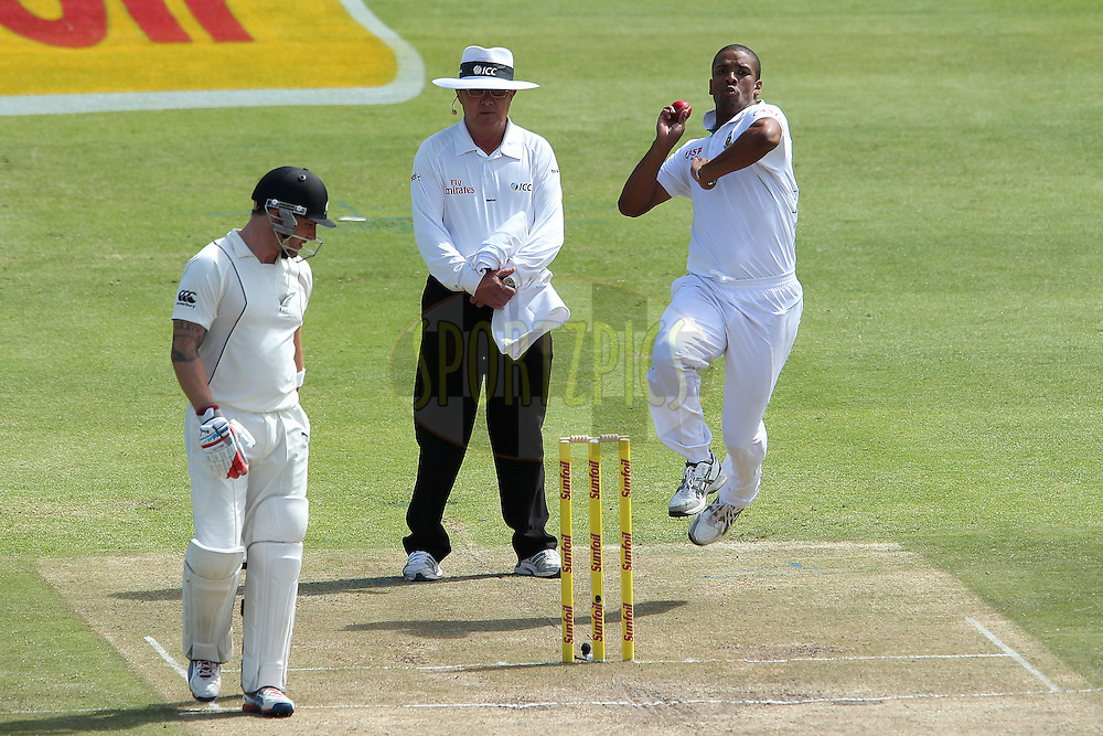 Vernon Philander bowls during the 2nd day of the 1st Sunfoil Test match between South Africa and New Zealand held at Newlands Stadium in Cape Town, South Africa on the 3rd January 2013..Photo by Ron Gaunt/SPORTZPICS .