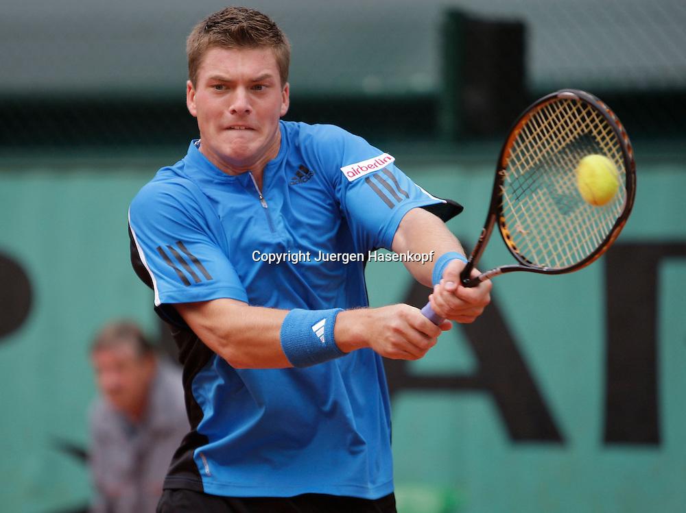 French Open 2009, Roland Garros, Paris, Frankreich,Sport, Tennis, ITF Grand Slam Tournament,<br /> <br /> Evgeny Korolev (RUS).  <br /> <br /> Foto: Juergen Hasenkopf