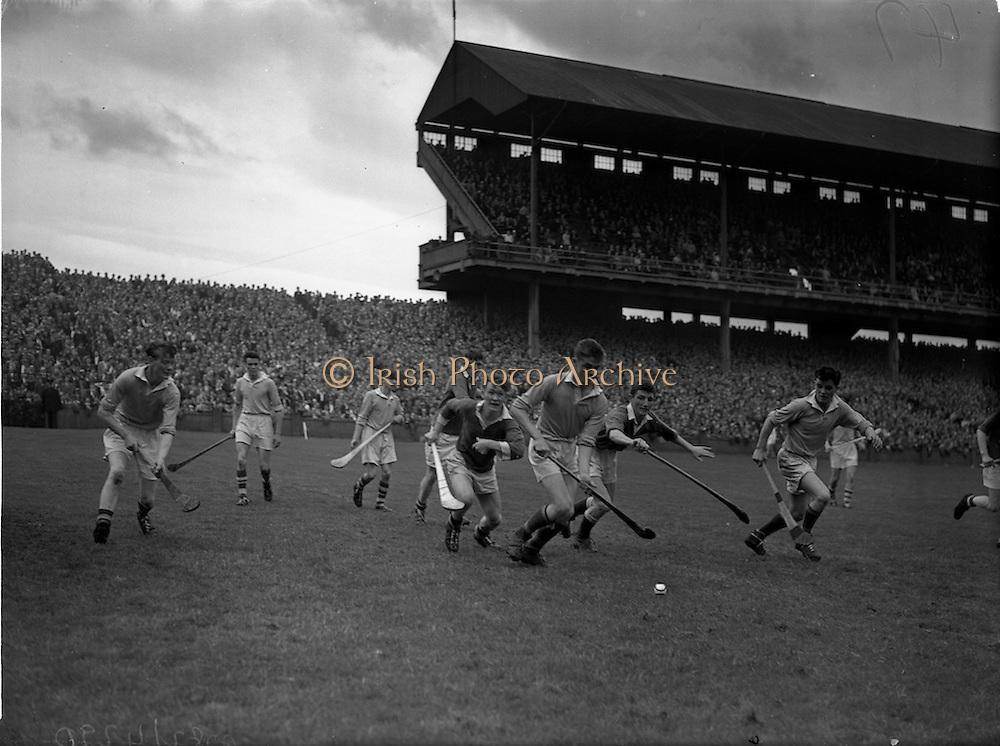 10/08/1958<br /> 08/10/1958<br /> 10 August 1958<br /> All-Ireland Senior Semi-Final: Limerick v Antrim at Croke Park, Dublin.