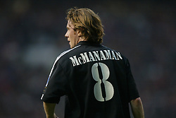 MANCHESTER, ENGLAND - Wednesday, April 23, 2003: Real Madrid's number eight Steve McManaman in action against Manchester United during the UEFA Champions League Quarter Final 2nd Leg match at Old Trafford. (Pic by David Rawcliffe/Propaganda)
