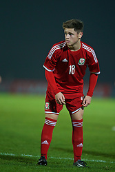 BALLYMENA, NORTHERN IRELAND - Thursday, November 20, 2014: Wales' Keiran Evans in action against Northern Ireland during the Under-16's Victory Shield International match at the Ballymena Showgrounds. (Pic by David Rawcliffe/Propaganda)