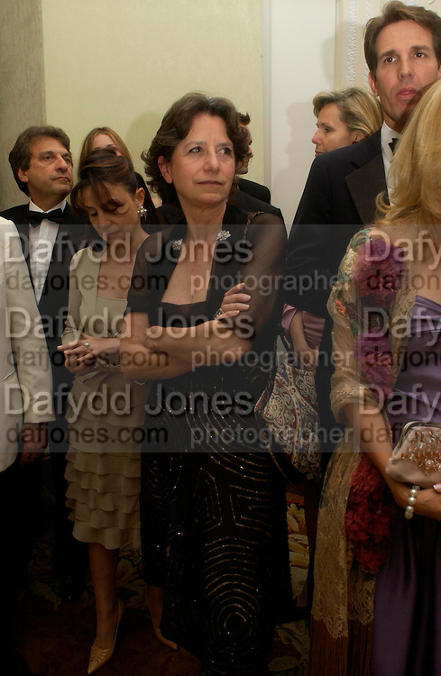 The hon Olga Polizzi . An Evening in honour of Salvatore Ferragamo hosted by the Ambassador of Italy. The Italian Embassy, 4 Grosvenor Square. London W1. 8 June 2005. ONE TIME USE ONLY - DO NOT ARCHIVE  © Copyright Photograph by Dafydd Jones 66 Stockwell Park Rd. London SW9 0DA Tel 020 7733 0108 www.dafjones.com