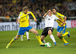 15.10.2013, Friends Arena, Stockholm, SWE, FIFA WM Qualifikation, Schweden vs Deutschland, Gruppe C, im Bild Sverige 3 Mikael Antonsson kamp struggle Germany 14 Max Kruse, , , Nyckelord , Keywords : football , fotboll , soccer , FIFA , World Cup , Qualification , Sweden , Sverige , Schweden , Germany , Tyskland , Deutschland // during the FIFA World Cup Qualifier Group C Match between Sweden and Germany at the Friends Arena, Stockholm, Sweden on 2013/10/15. EXPA Pictures © 2013, PhotoCredit: EXPA/ PicAgency Skycam/ Ted Malm<br /> <br /> ***** ATTENTION - OUT OF SWE *****