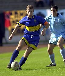 Ilija Stolica fudbaler  Zemuna na utakmici prvenstva Jugoslavija YUG protiv Aleksandra Pantica iz Rada  na stadionu Zemuna<br /> 19.10.2002. godine<br /> Foto: Marko Metlas