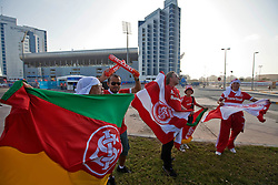 Torcida chegando no Mohammed Bin Zayed Stadium. O Internacional participa de 8 a 18 de dezembro do Mundial de Clubes da FIFA, em Abu Dhabi. FOTO: Jefferson Bernardes/Preview.com