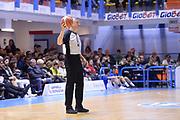 DESCRIZIONE : Brindisi  Lega A 2015-16 Enel Brindisi Pasta Reggia Juve Caserta<br /> GIOCATORE : Luigi Lamonica<br /> CATEGORIA : Arbitro Referee Before Pregame<br /> SQUADRA : Enel Brindisi Pasta Reggia Juve Caserta<br /> EVENTO : Enel Brindisi Pasta Reggia Juve Caserta<br /> GARA :Enel Brindisi  Pasta Reggia Juve Caserta<br /> DATA : 24/04/2016<br /> SPORT : Pallacanestro<br /> AUTORE : Agenzia Ciamillo-Castoria/M.Longo<br /> Galleria : Lega Basket A 2015-2016<br /> Fotonotizia : <br /> Predefinita :