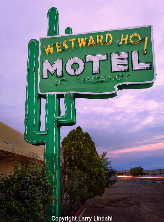 Westward Ho Motel, Albuquerque, New Mexico, Route 66, neon,