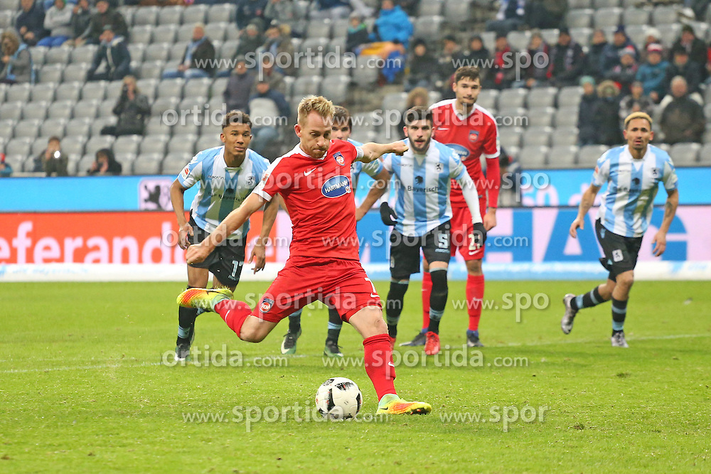 16.12.2016, Allianz Arena, M&uuml;nchen, GER, 2. FBL, TSV 1860 Muenchen vs 1. FC Heidenheim, 17. Runde, im Bild Marc Schnatterer (1.FC Heidenheim #7) // during the 2nd German Bundesliga 17th round match between TSV 1860 Muenchen vs 1. FC Heidenheim at the Allianz Arena in M&uuml;nchen, Germany on 2016/12/16. EXPA Pictures &copy; 2016, PhotoCredit: EXPA/ Eibner-Pressefoto/ Langer<br /> <br /> *****ATTENTION - OUT of GER*****