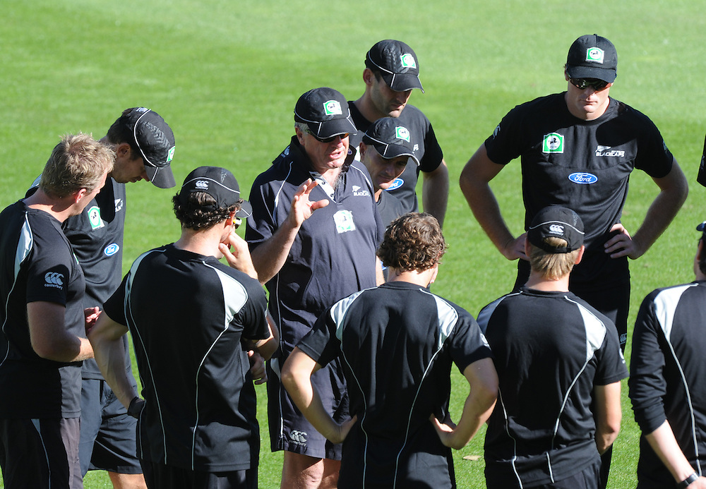 Coach John Wright, centre, briefs the players at the New Zealand Cricket teams training at University Oval, as they prepare for the first test against South Africa, Dunedin, Tuesday, March 06, 2012. Credit:SNPA / Ross Setford
