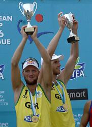 26-08-2006: VOLLEYBAL: NESTEA EUROPEAN CHAMPIONSHIP BEACHVOLLEYBALL: SCHEVENINGEN<br /> Julius Brink (GER) wint goud op het EK<br /> ©2006-WWW.FOTOHOOGENDOORN.NL