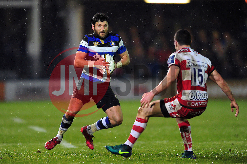 Jeff Williams of Bath Rugby in possession - Mandatory byline: Patrick Khachfe/JMP - 07966 386802 - 27/01/2017 - RUGBY UNION - The Recreation Ground - Bath, England - Bath Rugby v Gloucester Rugby - Anglo-Welsh Cup.