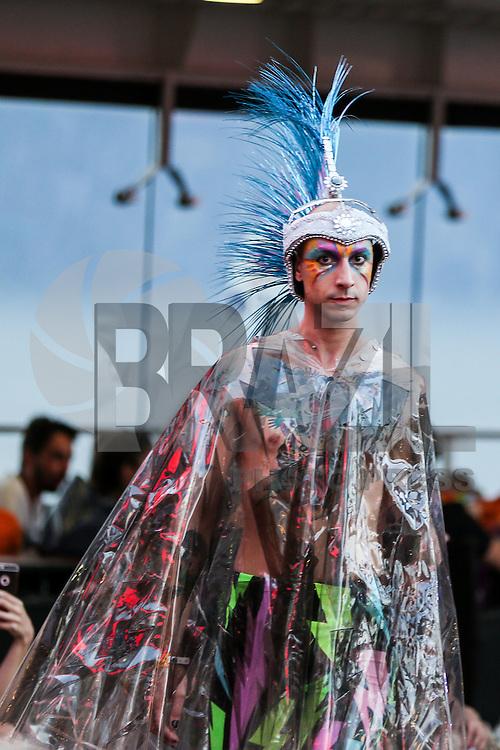 Desfile grife Amapô durante o Chilli Beans Fashion Cruise  (Foto: William Volcov/Brazil Photo Press)
